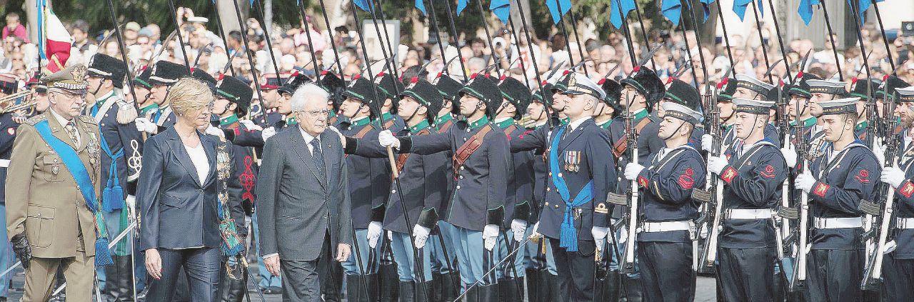 In Edicola sul Fatto Quotidiano del 23 aprile: Esercito, il regalo ai vertici: aumenti per  400 milioni