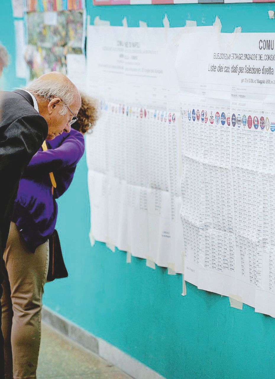 Comuni al voto: alleanze strambe e addio primarie