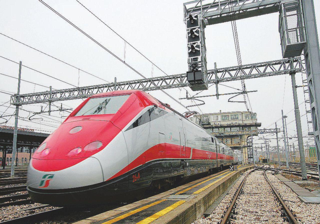 Il vitalizio dei ferrovieri: 500 mila in viaggio gratis