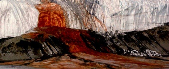 Antartide, scoperto il mistero che genera il fenomeno delle cascate di sangue