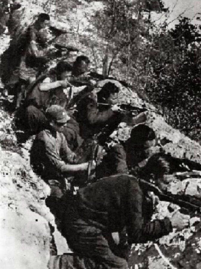 25 aprile, la prima battaglia in campo aperto davanti all'albero di Teramo: così i partigiani diventarono un esercito
