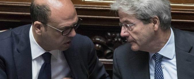 """Migranti-Ong, governo diviso su Zuccaro. Alfano: """"Il pm ha ragione al 100%"""". Orlando: """"Forse agli Interni era distratto"""""""