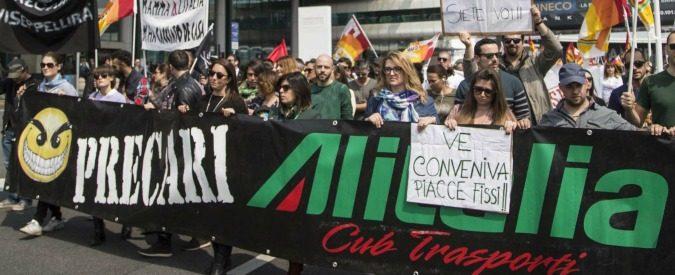Alitalia, venderla a pezzi è inutile. Anche la proposta cinquestelle è sbagliata