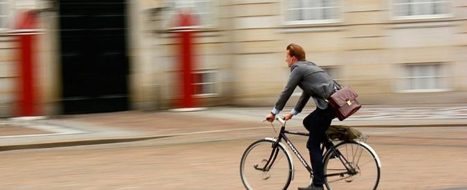 """Al lavoro in bici piuttosto che in auto. """"Fa meglio che andare a piedi"""""""