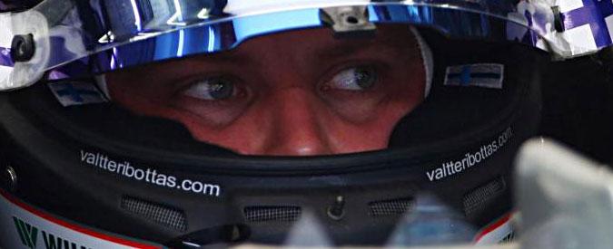 F1, Gp del Bahrain: prima pole in carriera per Bottas. Vettel terzo dietro a Hamilton