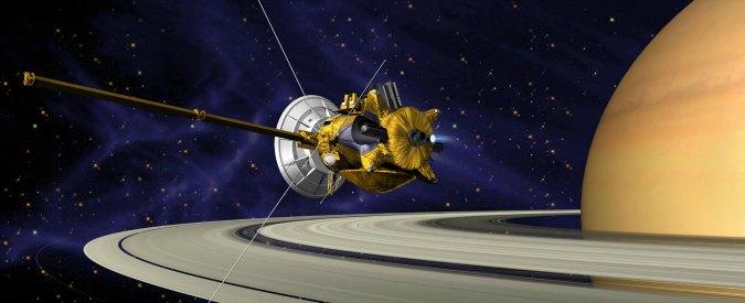 L'ultima missione della sonda Cassini: tuffarsi negli anelli di Saturno