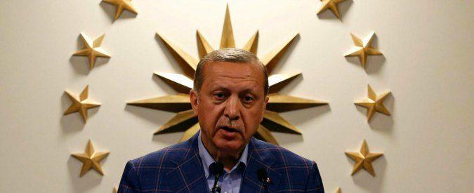 Turchia, il voto referendario va annullato subito