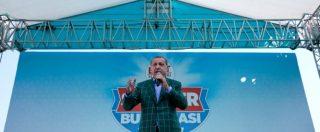 Referendum Turchia, Erdogan vince ma il Paese è spaccato: il super presidenzialismo passa con il 51%