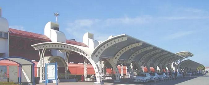 Catanzaro, arrestati i vertici dell'aeroporto di Lamezia Terme. Sono accusati di corruzione, peculato e falso