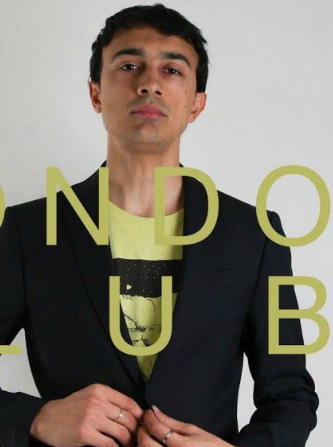 E' Mondo Club l'album di debutto di Andrea Lorenzoni, il cantautore bolognese scoperto da Lucio Dalla