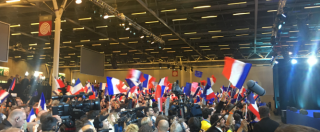 """Elezioni Francia, la festa dei sostenitori di Macron: """"Esporteremo il modello oltre i partiti: hanno fallito. Si vince senza"""""""
