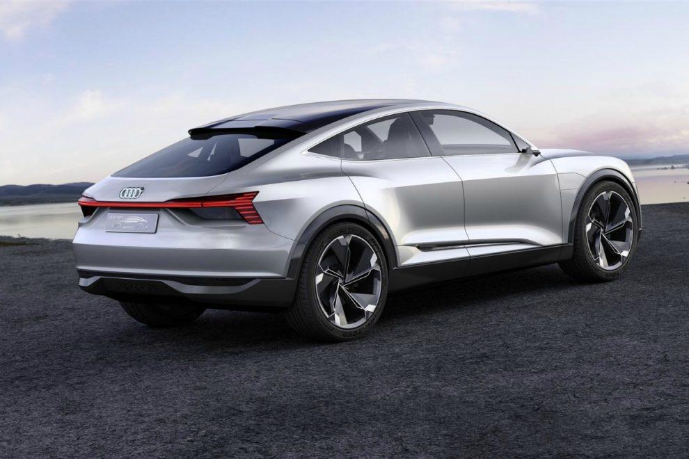 Audi e-tron Sportback: crossover elettrico in vendita dal 2019