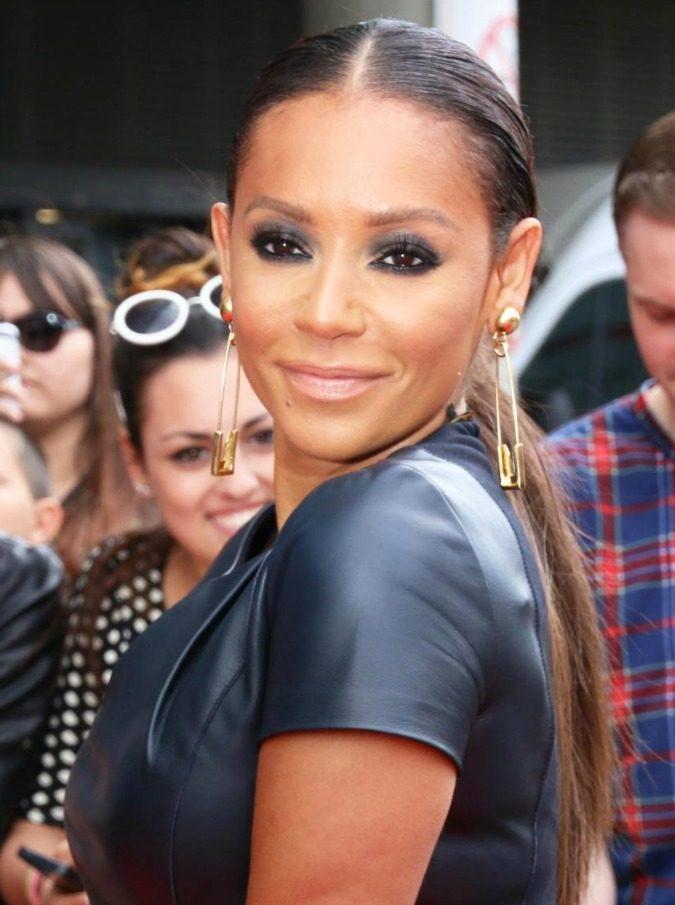 """Spice Girls, Mel B. ottiene ordine restrittivo per l'ex marito che la obbligava ad avere rapporti con altre donne: """"Minacciava di distruggermi"""""""