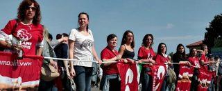 Serravalle, lavoratori in sciopero contro lo shopping pasquale. Bloccate due entrate dell'outlet