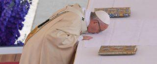 Papa Francesco, gli oppositori continuano la guerra sotterranea. Ma Bergoglio rimane impassibile