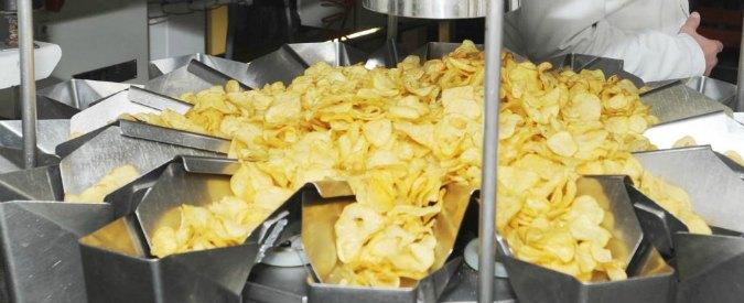 Giappone, scoppia la crisi delle patatine: scaffali dei supermercati vuoti e fino a 11 euro per un pacchetto