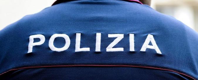 Napoli, uomo armato in metropolitana: momenti di panico e feriti lievi