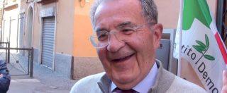"""Primarie Pd, Prodi al seggio: """"Allearci con Berlusconi? Sono stato rottamato, mica decido. Attenti però, prima le elezioni"""""""