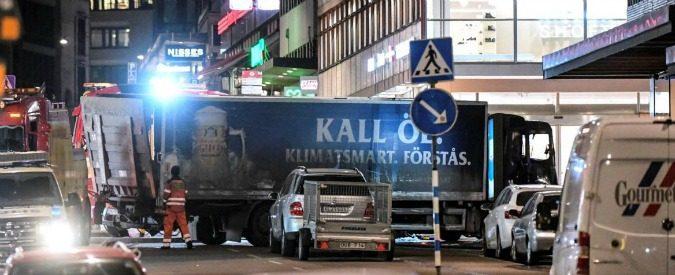 Isis: dai camion ai suv, gli attentati della car intifada non hanno cambiato i terroristi
