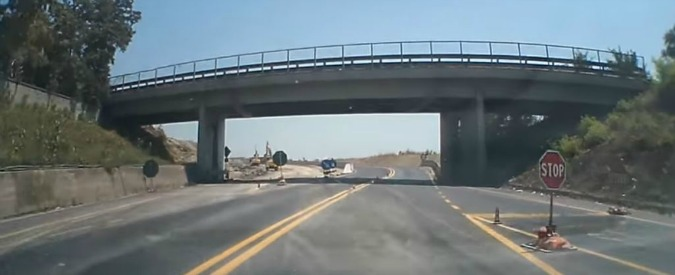 L'Autostrada Tirrenica non si fa più, fine del tormentone: costruiti 40 km in 49 anni. Storia di un flop lungo mezzo secolo