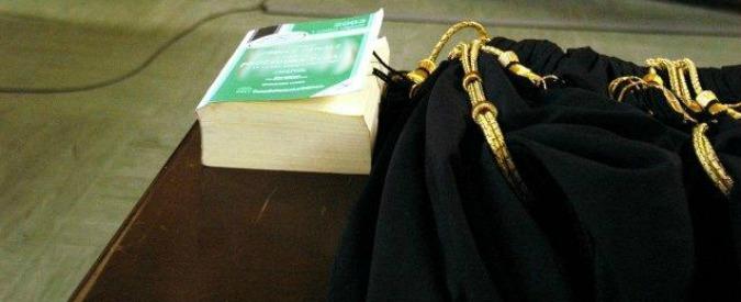 Sacrario gerarca fascista, condannati sindaco e due assessori per apologia