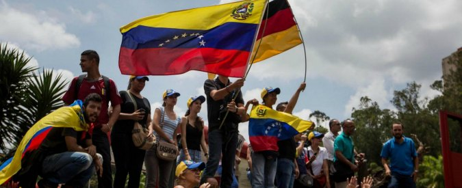 Venezuela, la stampa internazionale ha deciso: Maduro va destituito
