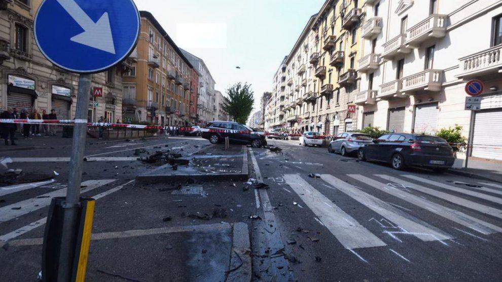 Milano scontro tra due auto un morto arrestato il - Arredo bagno viale monza milano ...