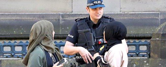 Attentato Manchester, dalle gemelle spose Salma e Zahra ai college di copertura: la città culla dei baby jihadisti d'Inghilterra