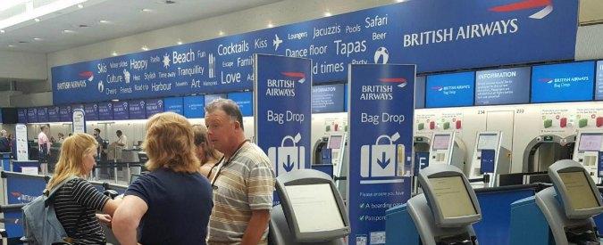 """British Airways prova a tornare a volare dopo il """"guasto elettrico"""" che l'ha paralizzata per una giornata"""