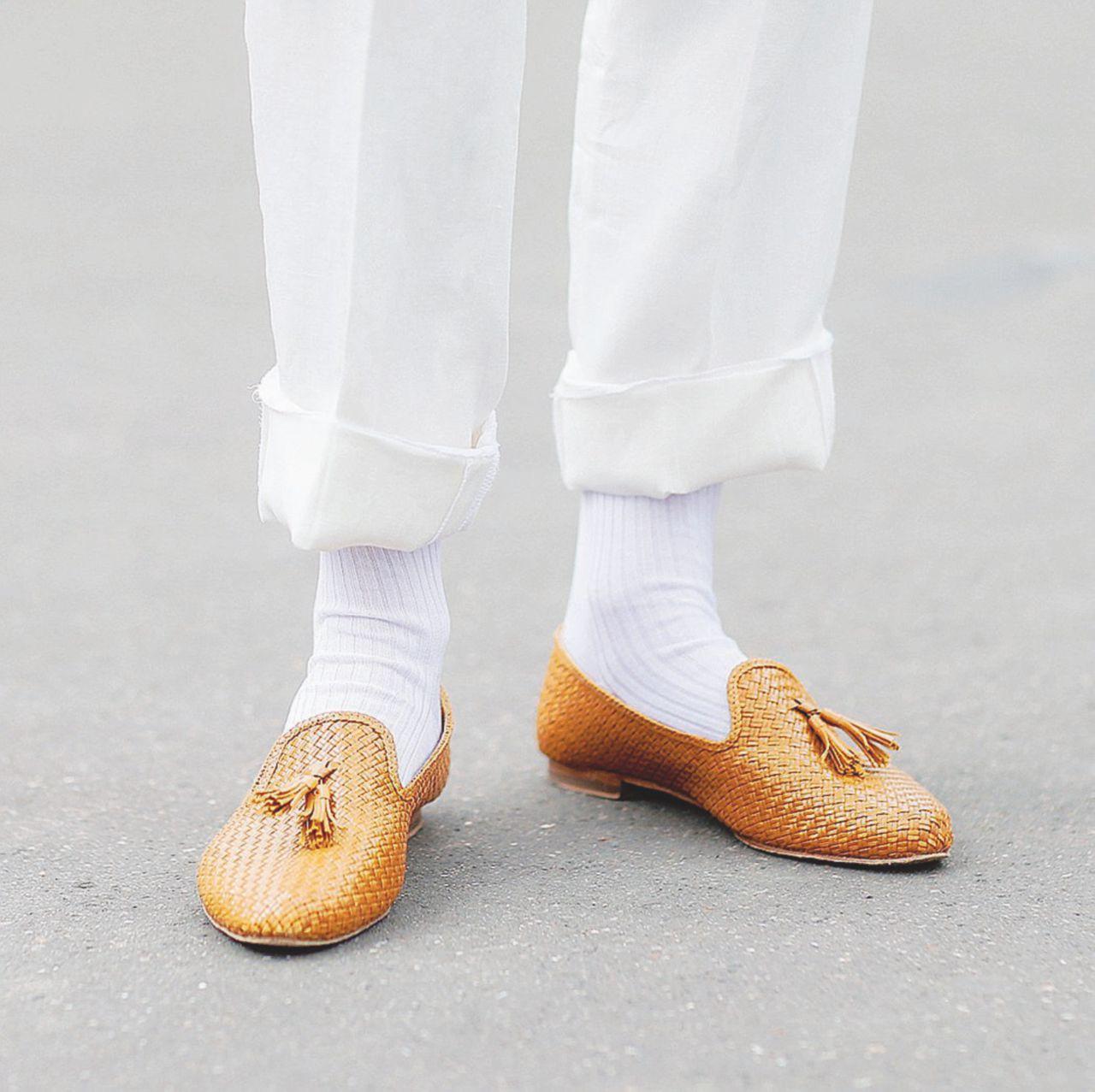 Il calzino corto e bianco: nessuno è mai così cattivo da meritarselo
