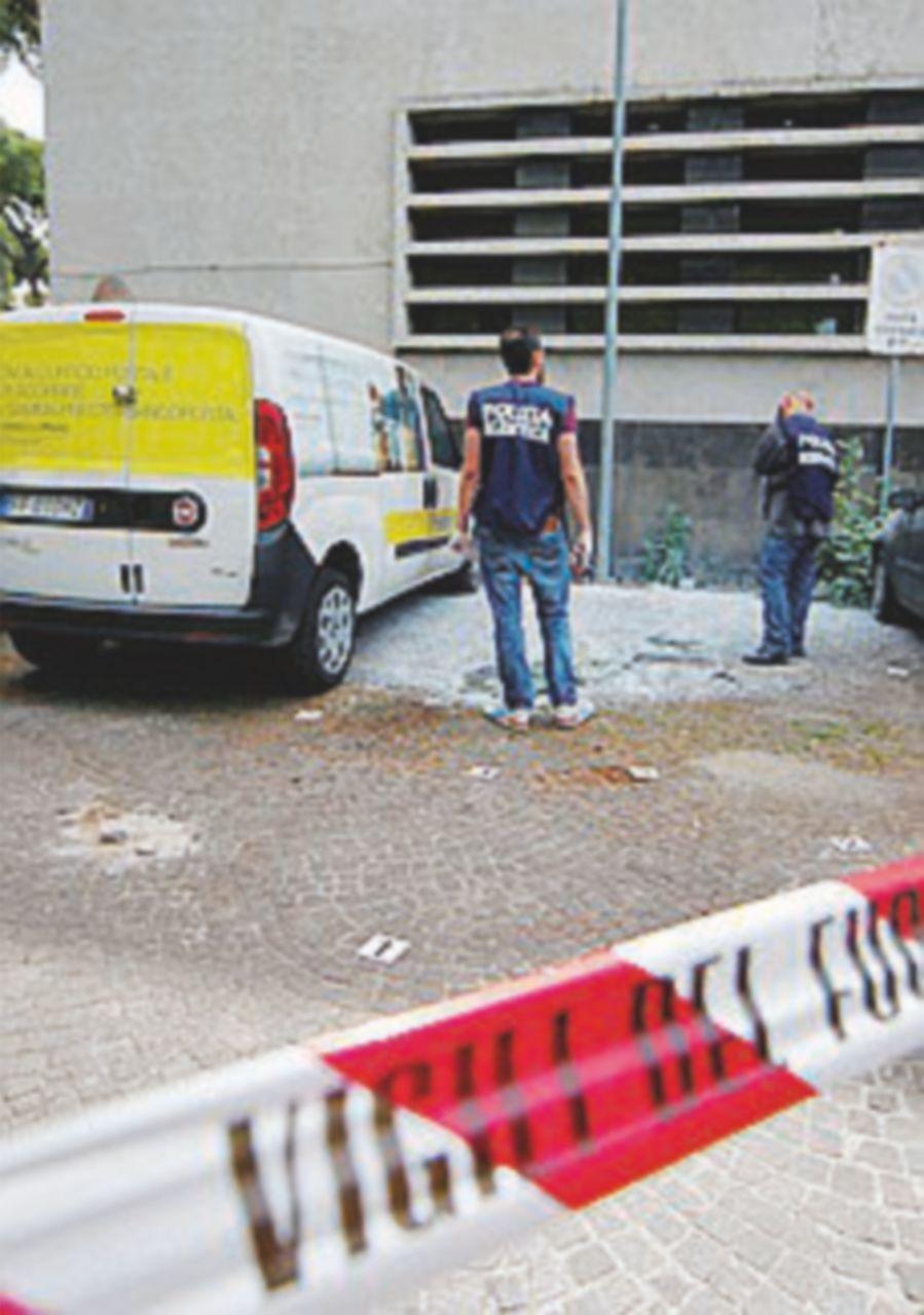 """Bomba a Roma, paura ma era """"dimostrativa"""". Solita pista anarchica"""