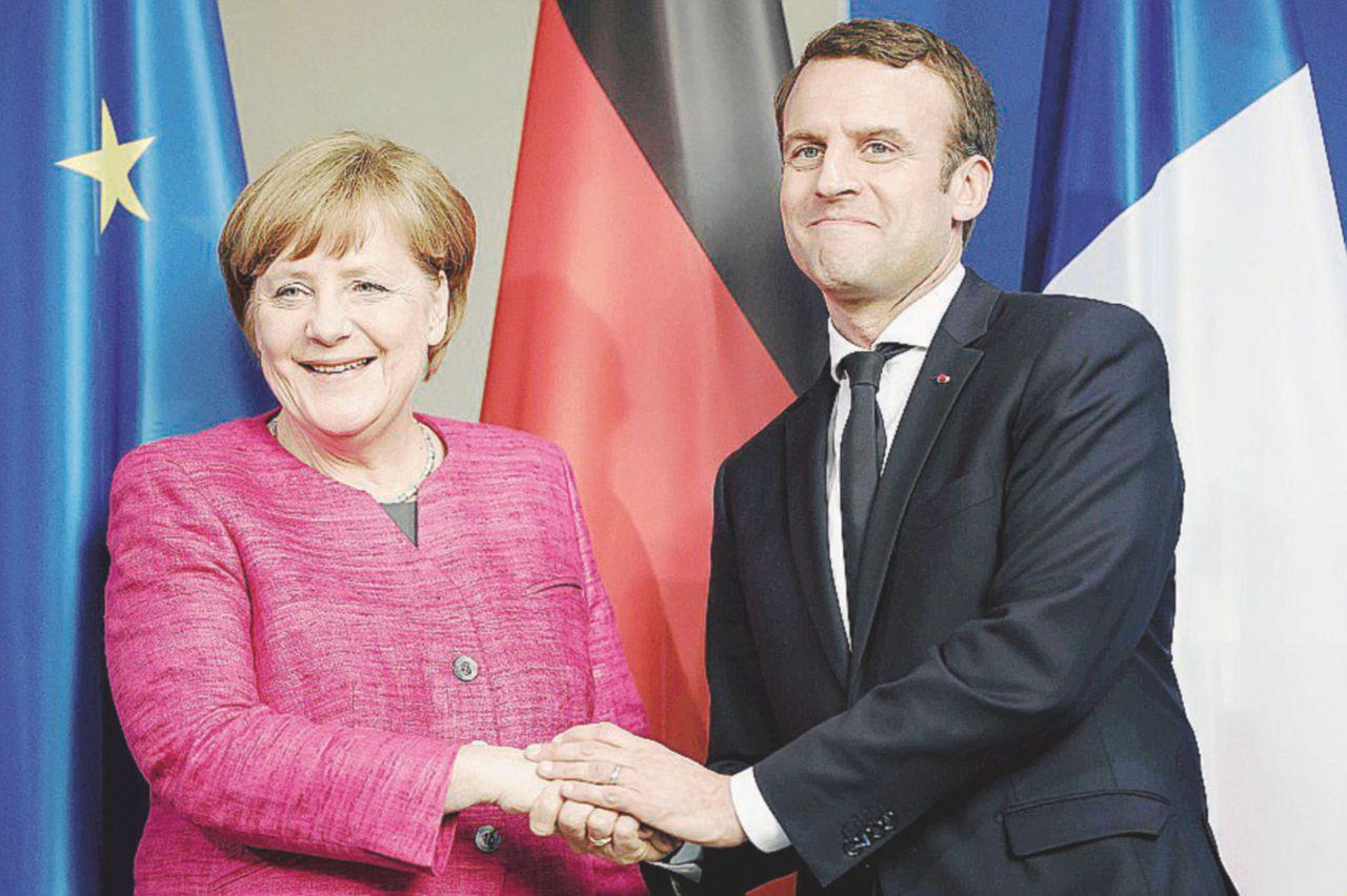 Strategia Macron, il premier è Républicain
