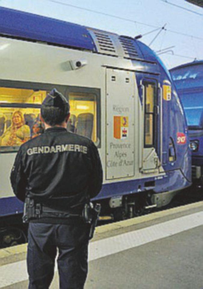 Cannes, giovane africano trovato morto su un treno