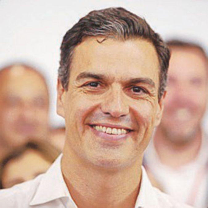 Sánchez, doppia vendetta: dopo il Psoe mette nel mirino Rajoy