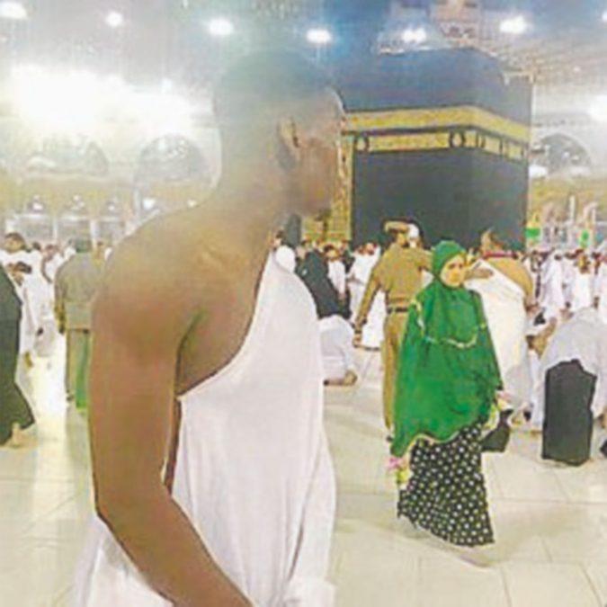 """Il fedele Pogba: """"La Mecca, il posto più bello del mondo"""""""