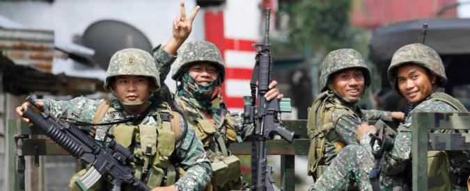 """Filippine, l'esercito riprende Marawi: la città era stata occupata da militanti Isis. """"Centinaia di cristiani sono in ostaggio"""""""