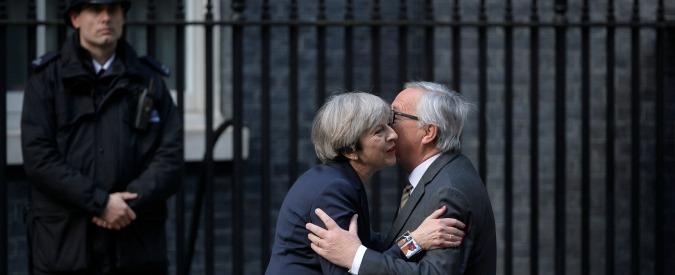 """Brexit, May contro le ricostruzioni del """"disastroso"""" incontro del 26 aprile con Juncker: """"Falsità"""""""