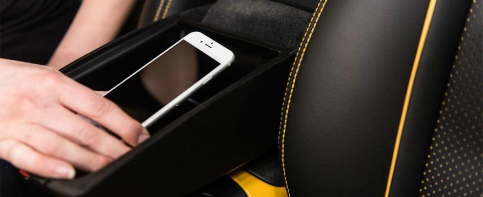 Nissan Signal Shield, ecco lo scudo che disattiva gli smartphone in auto