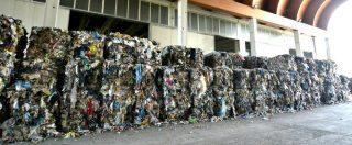 """Firenze non riesce a smaltire i rifiuti, Rossi li manda in altre città. I sindaci sul piede di guerra: """"Non siamo la discarica"""""""