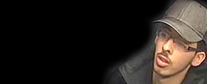 """Manchester, polizia diffonde foto di Salman Abedi. L'appello ai cittadini per """"informazioni sui suoi movimenti in UK"""""""