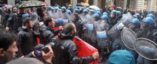 Primo Maggio, antagonisti cercano il blitz sotto al palco di Torino: scontri con le forze dell'ordine che li bloccano