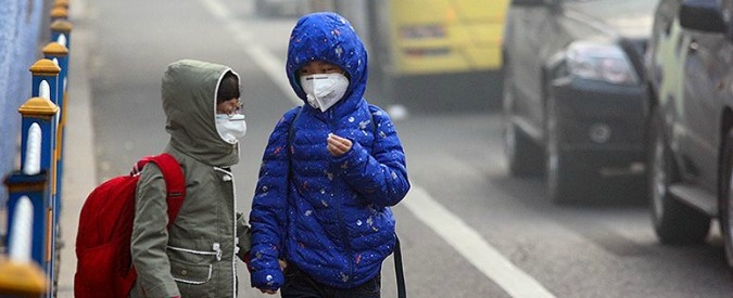 Inquinamento, è allarme. Lo smog accelera l'invecchiamento dei bambini