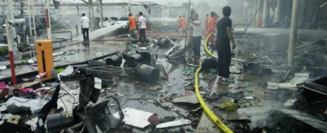 Thailandia, separatisti islamici attaccano centro commerciale: almeno 60 feriti