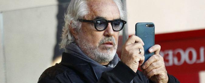 Caso Force Blue, Briatore indagato per corruzione: ai domiciliari commercialista ed ex direttore Entrate di Genova