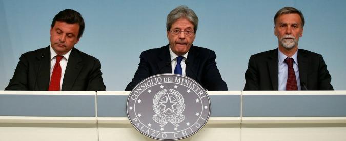 Alitalia, il commissario Laghi molla almeno la poltrona in Unicredit. Le altre 20 le tiene