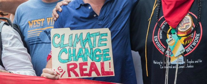 Emissioni Co2, chi studia seriamente il clima deve confrontarsi con i negazionisti