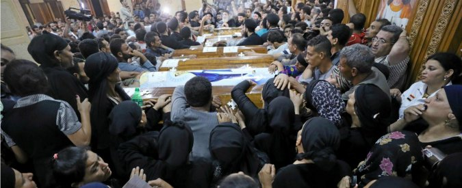 Egitto, attentato contro i copti: lo Stato islamico reagisce alle perdite in Siria e Iraq