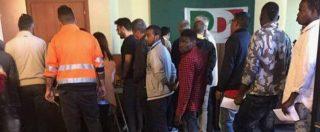 """Primarie Pd, il migrante al seggio di Ercolano: """"Ci hanno dato due euro e detto di votare Renzi"""""""