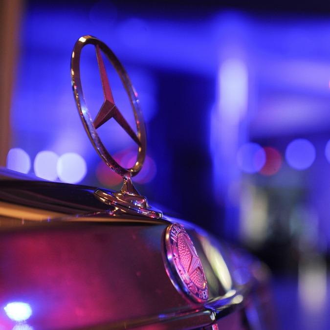Mercedes, trent'anni di coupé da festeggiare – FOTO