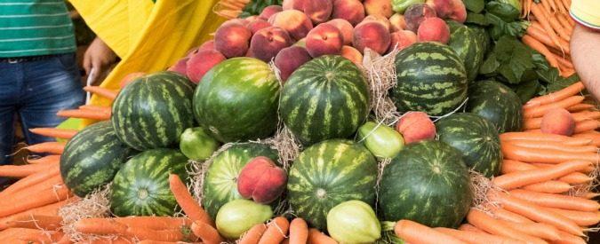 Pesticidi, la frutta e la verdura che mangiamo sono sane? Uno studio lo rivela (e dà un vincitore)